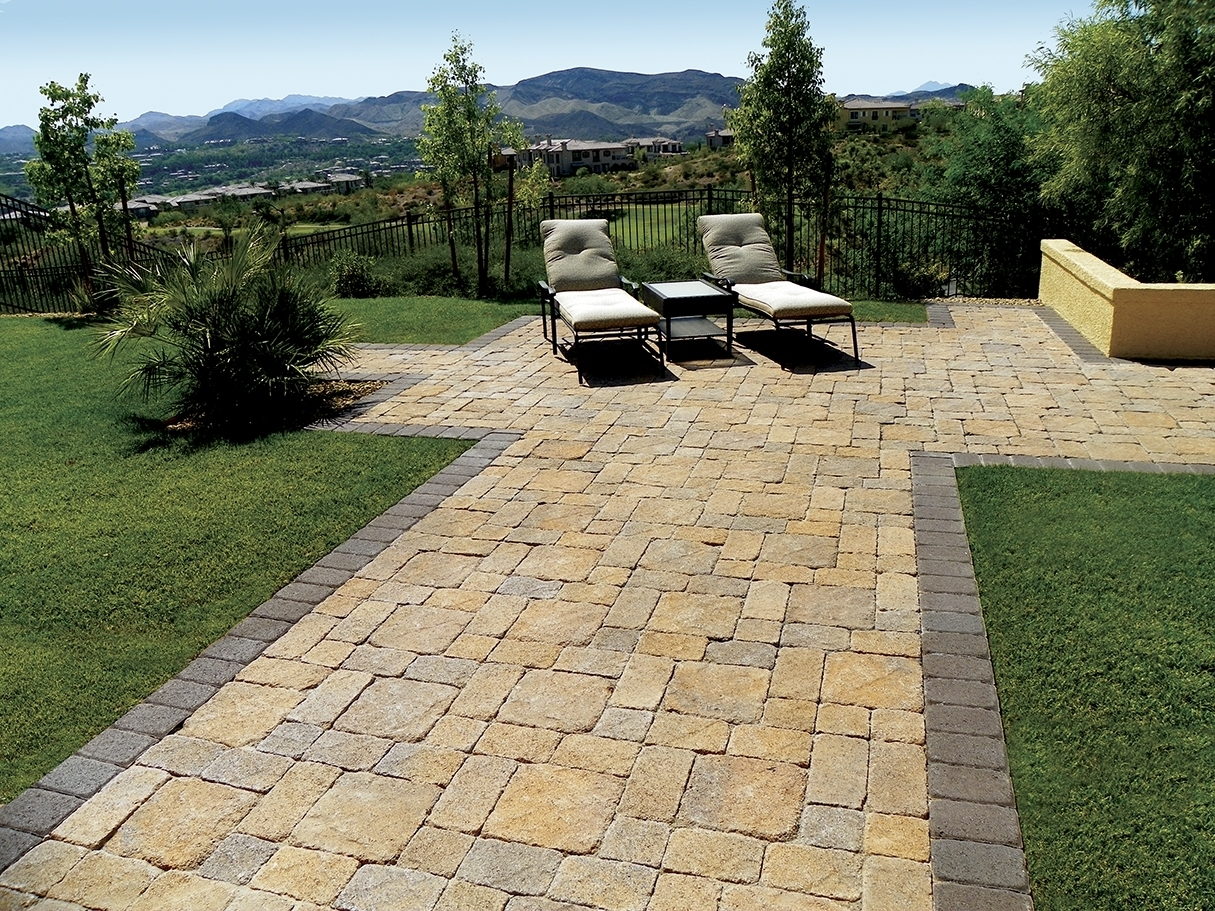 Image of: What A Beautiful Backyard Santa Barbara Blend Pavers Stone Throughout Landscaping Pavers Easy Steps To Install Landscaping Pavers