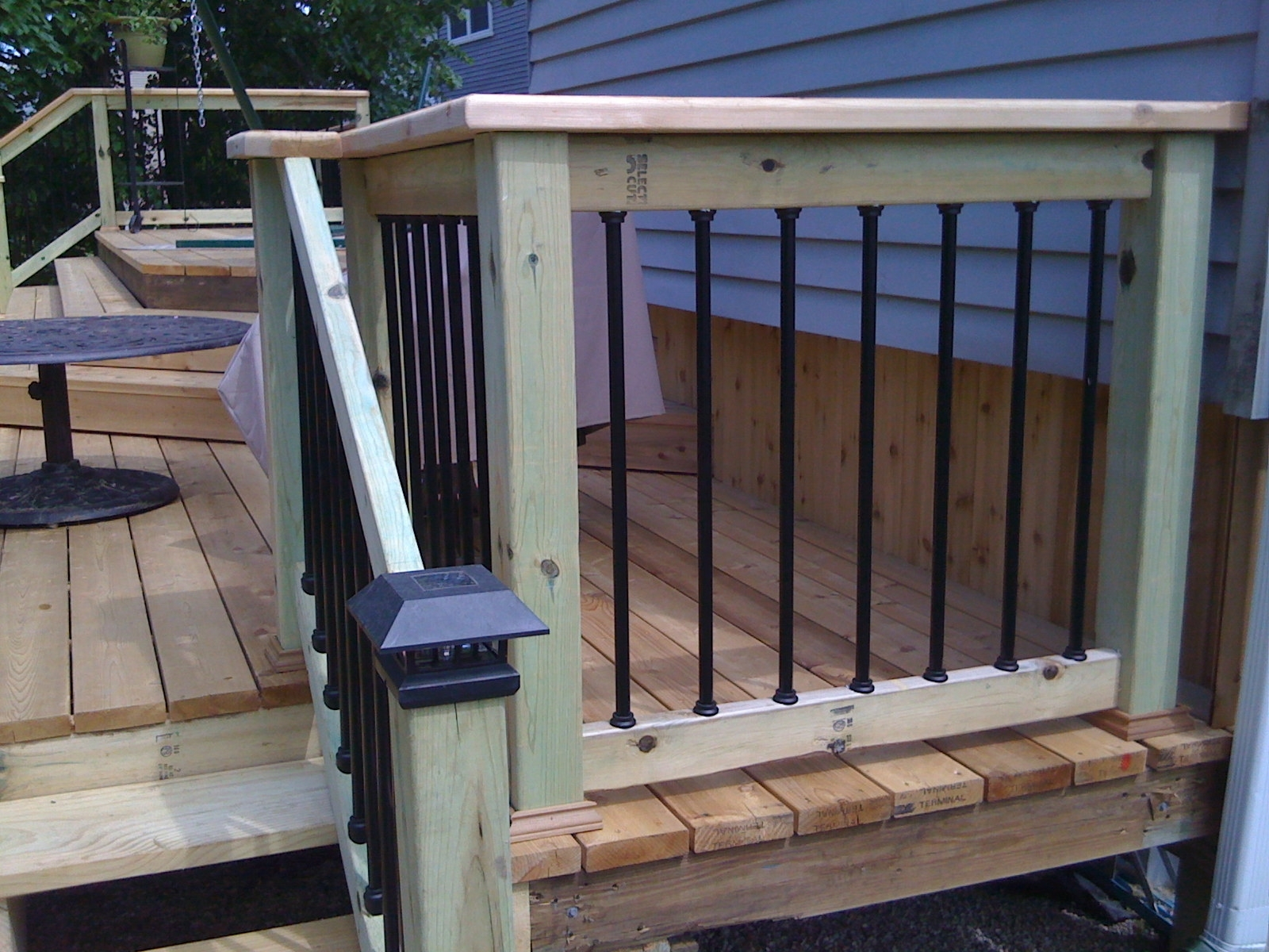 Image of: Excellent Ideas Metal Deck With Aluminum Porch Railings Ideas