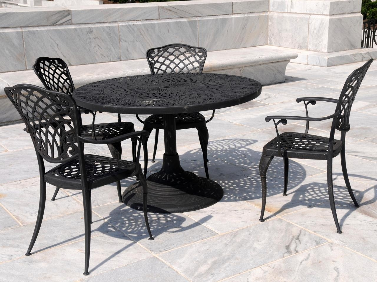 Image of: Wrought Iron Patio Expanded Metal Outdoor Furniture Ideas