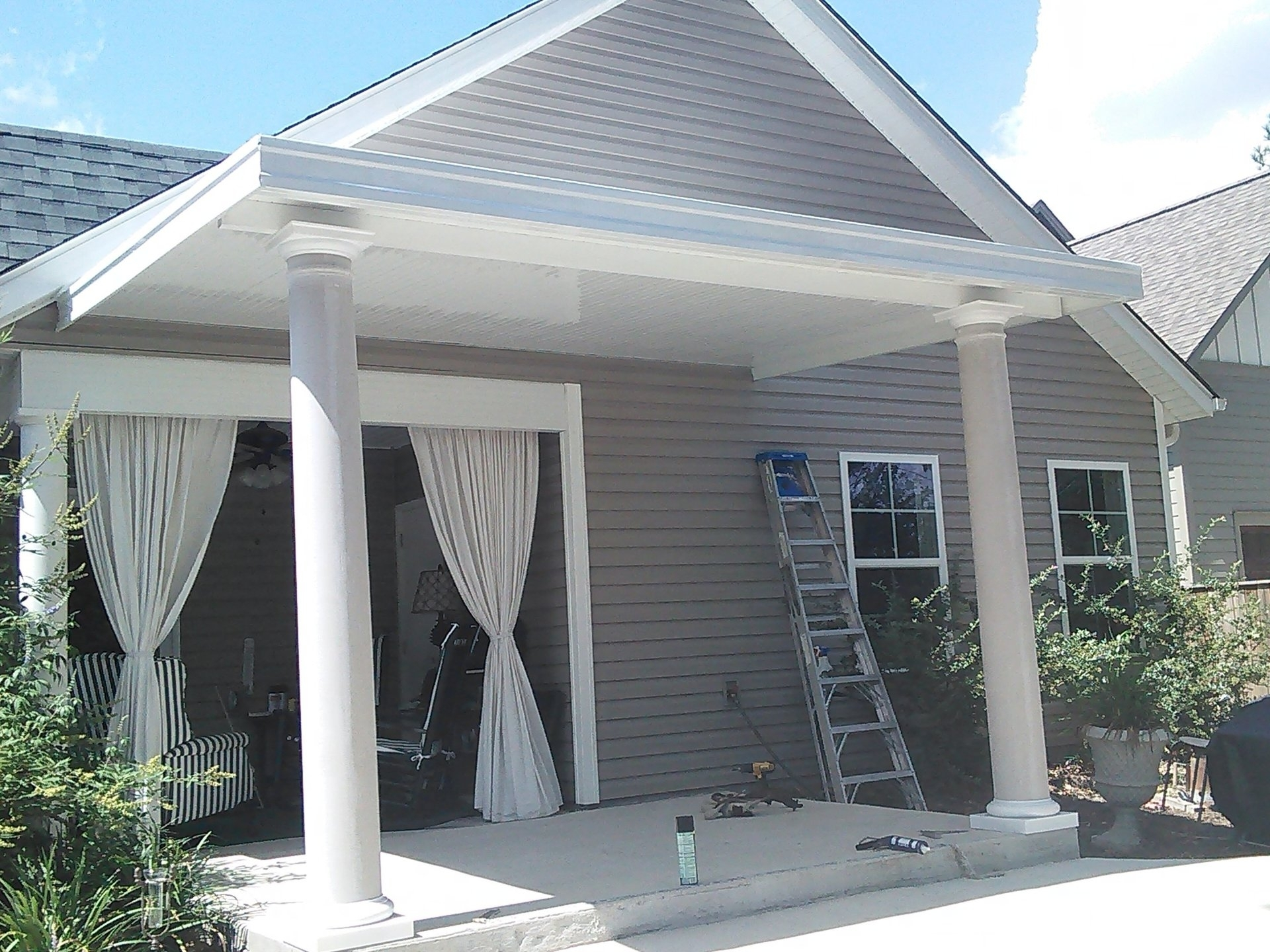 Image of: Aluminum Porch Awnings For Home Decor
